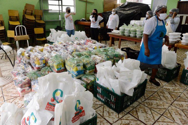 Ação social do Sindicato contempla 400 famílias